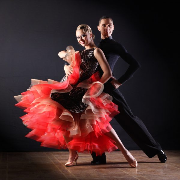 Preparing for Your First Ballroom Dance Lessons Near Chicago Featured Image