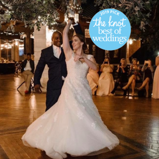 Wedding Dance Classes in Evanston, Wilmette, Vernon Hills and North Shore Areas. LSDA The Knot Best of Weddings 2019! Featured Image